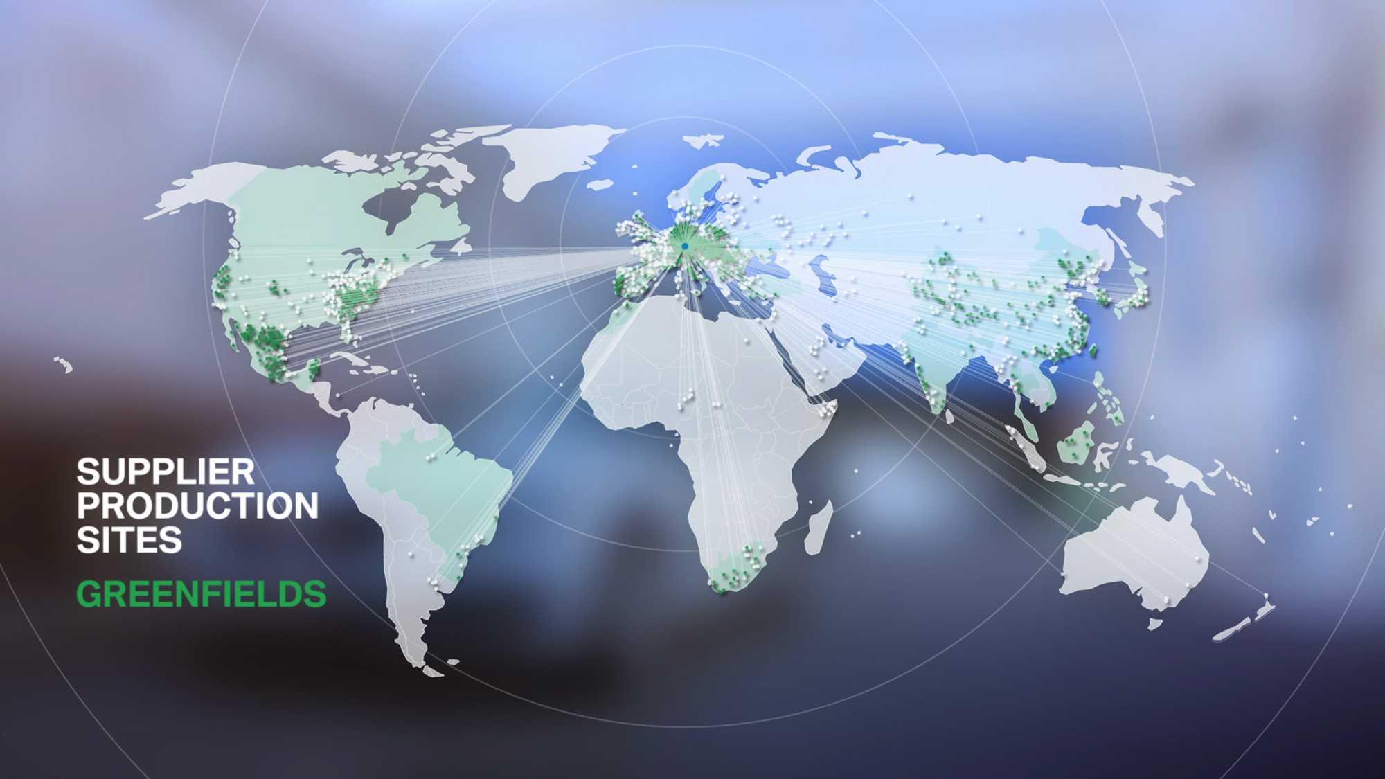 Das Bild zeigt einen grauen Hintergrund. Auf diesem Hintergrund liegt eine animierte Weltkarte. Diese ist in den Farben weiß und grün eingefärbt. Verschiedene Länder sind miteinander wie durch einen Faden verknüpft. Das Bild dient als Sliderbild für den Portfolioeintrag BMW QMT von Panda Pictures.